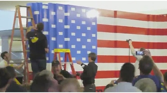 Museum creates giant American flag with 109,200 Legos