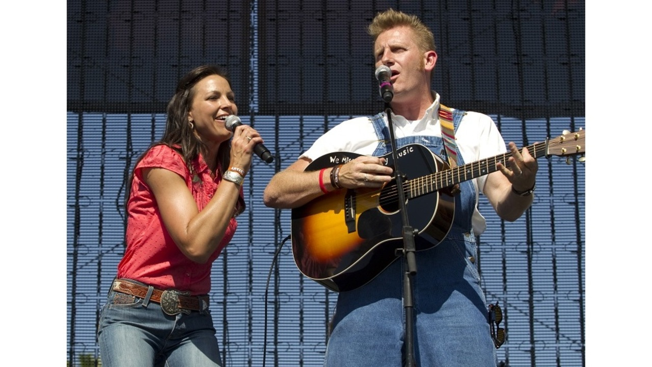Manager: Joey Feek, of country duo Joey + Rory, dies at 40