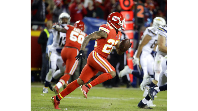 KC Chiefs' reportedly agree to send Marcus Peters to Rams