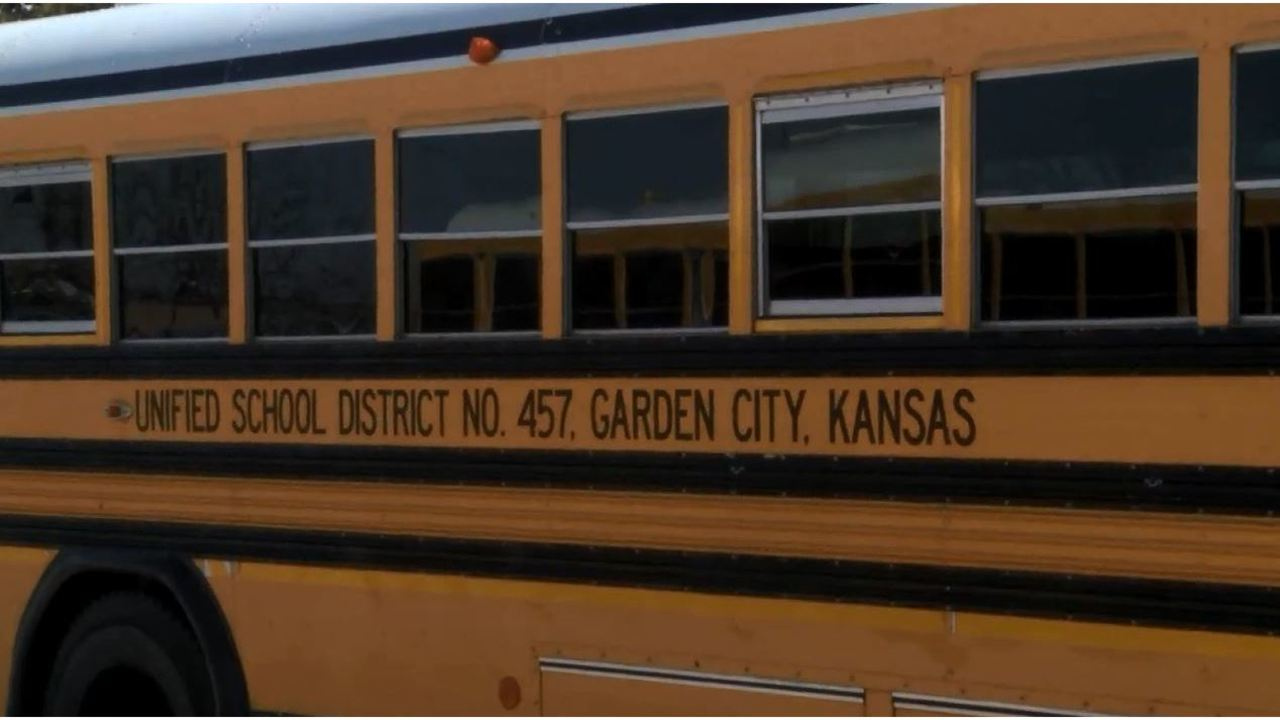 Bus tracking program being tested in Garden City