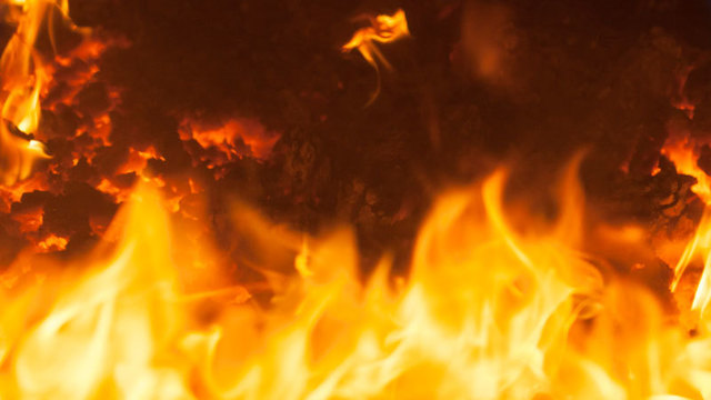 Hunter found burned but alive in Oklahoma wildfire