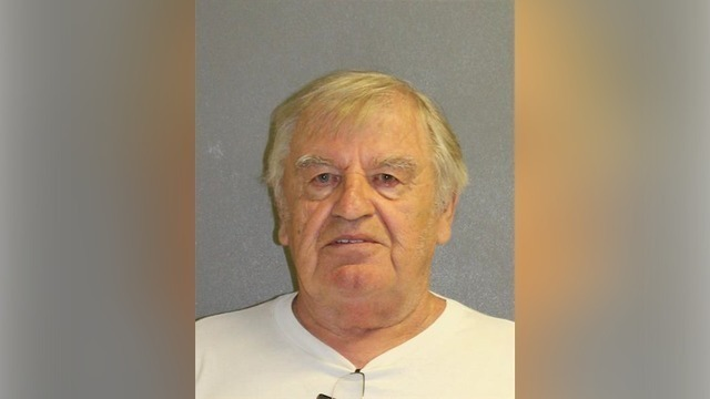 Police: Man tries to buy girl from mother at Florida Walmart
