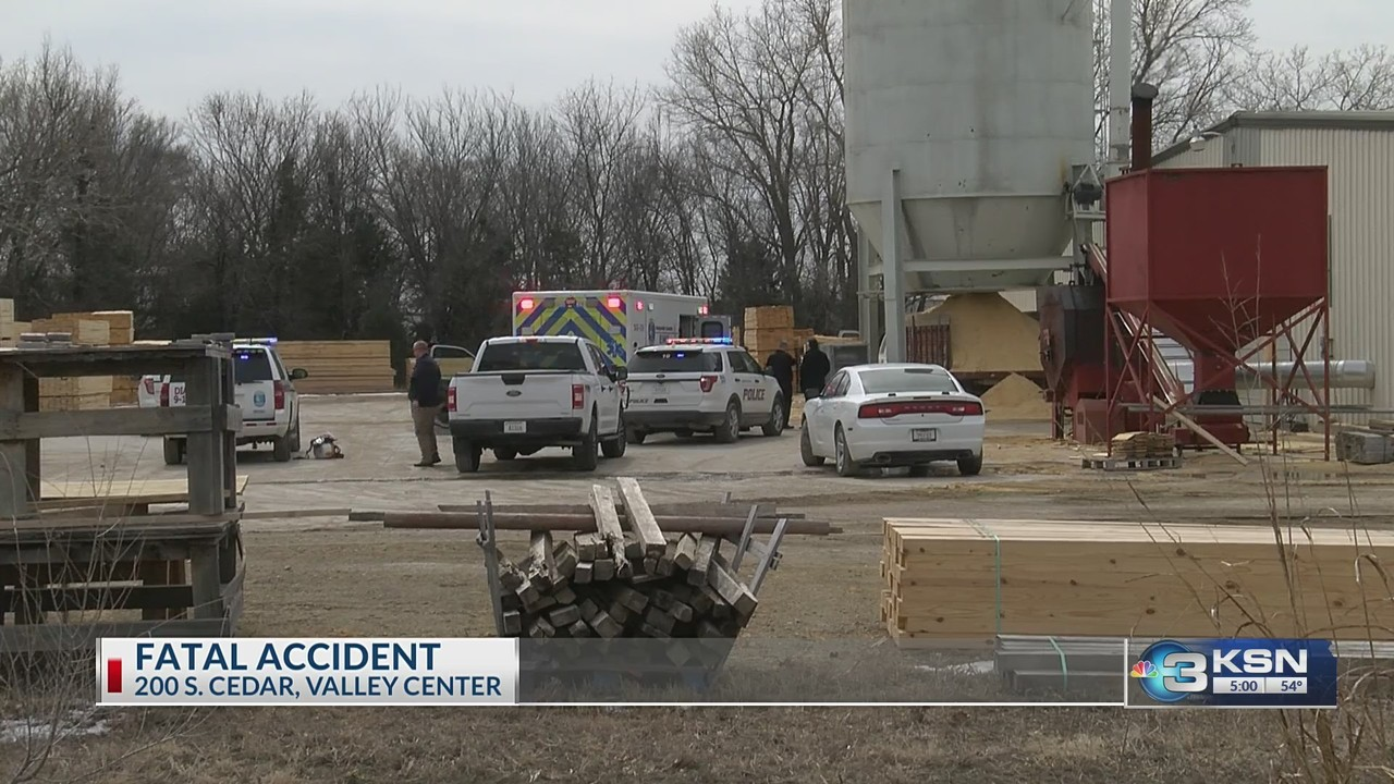 Man dies after becoming trapped in sawdust hopper in Valley Center